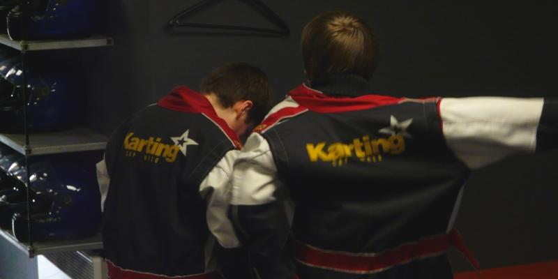 enfant-stage-de-pilotage-sur-karting-kids